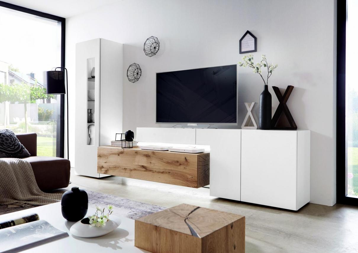 Wöstmann Möbel in elegantem Weiß