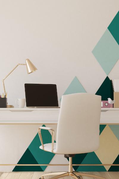 Büro mit geometrischen Wandmuster