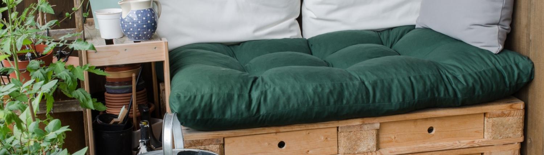 DIY Balkon Paletten-Lounge