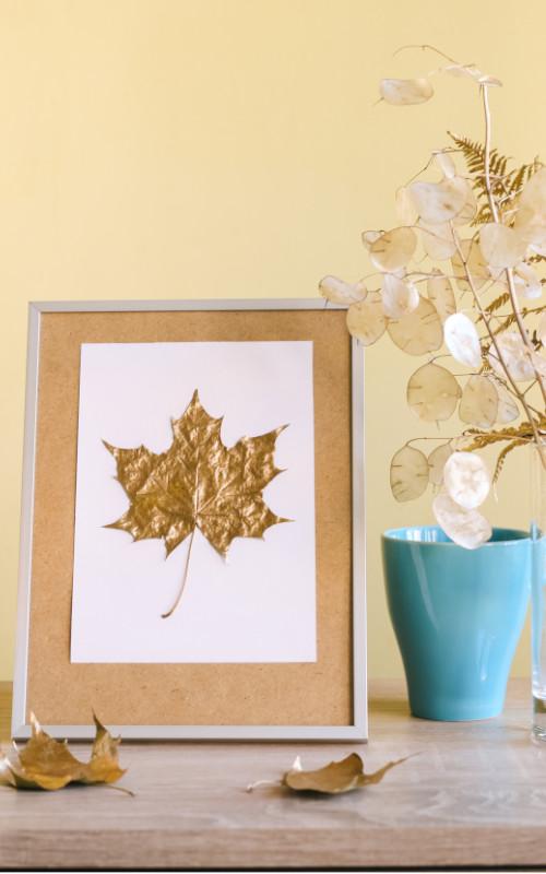 Bilderrahmen mit Herbstblatt