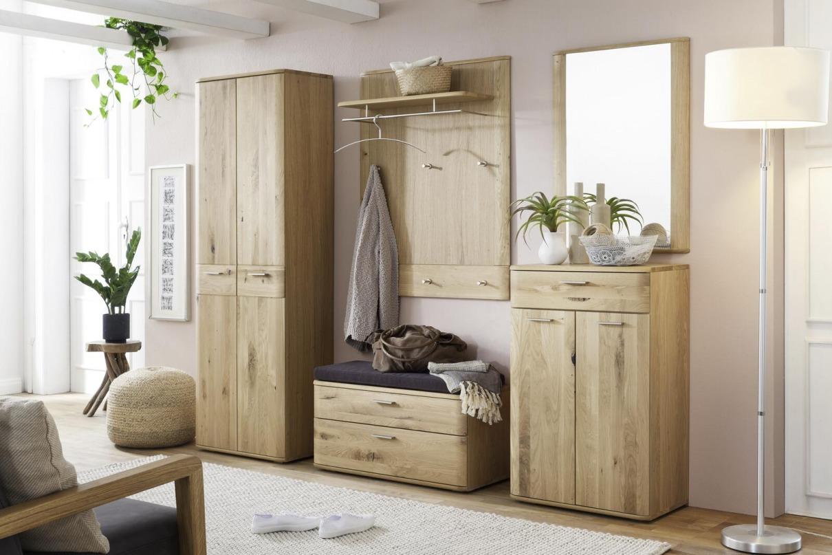 Garderobe aus Massivholz